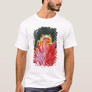 Red-Eyed Tree Frog on Leaf T-Shirt