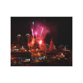 Red Fireworks Over The Kansas City Plaza Lights Canvas Print