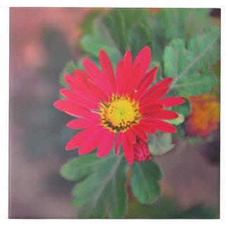 Red flower tile