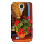 Red flowers in Paris, France Samsung Galaxy S4 Covers