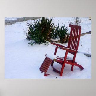 Red Garden Chair Roter Liegestuhl im Schnee Posters