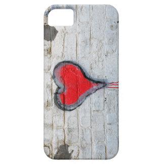 Red graffiti heart iPhone SE/5/5s case