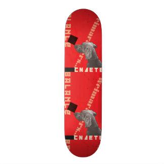 RED GRAPHIC WEIM SKATEBOARD