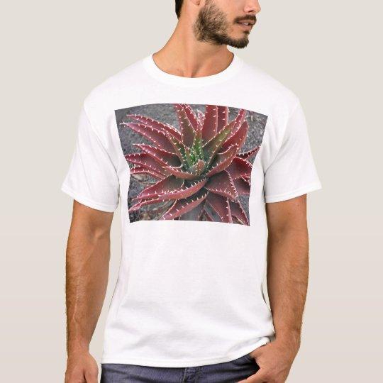 Red-Green Aloe 5 T-Shirt