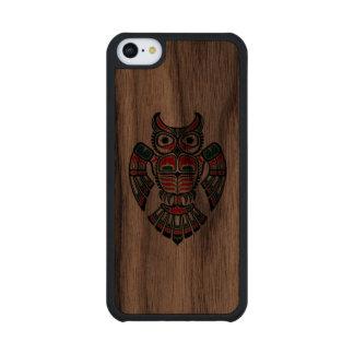 Red Green and Black Haida Spirit Owl Carved® Walnut iPhone 5C Slim Case