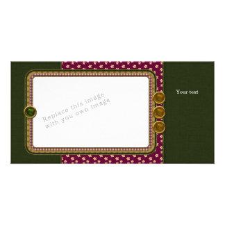 Red green beige design card