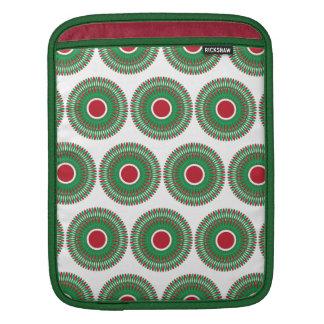 Red Green Holiday Christmas Wreath Design iPad Sleeves