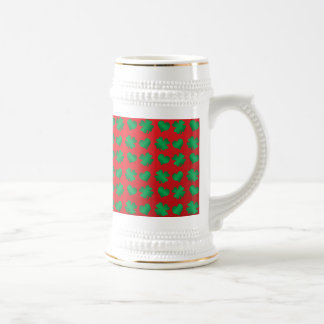 Red green shamrocks and hearts 18 oz beer stein