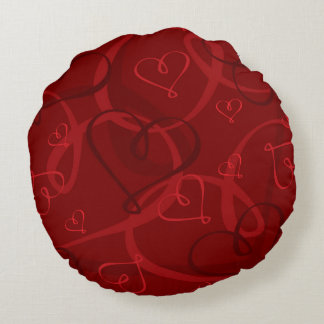 Red heart pattern round pillow
