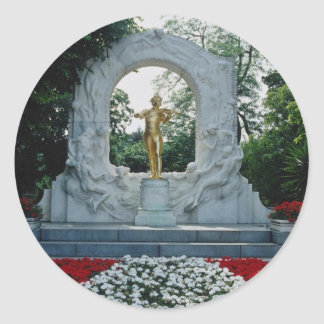 Red Johann Strauss Memorial, Stadtpark, Vienna, Au Classic Round Sticker