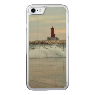 Red light in the port of Villajoyosa Carved iPhone 8/7 Case