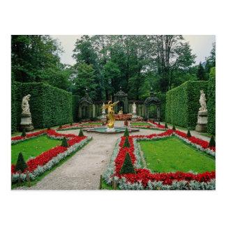Red Lindenhof Castle, Bavaria, Germany flowers Postcard