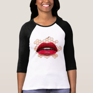 Red lips on chicken net t-shirt. T-Shirt