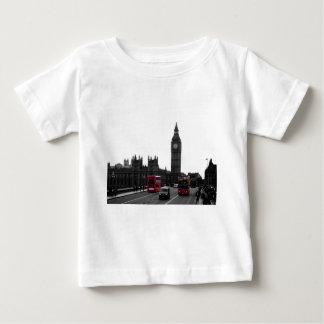 red London Tour bus and Big Ben T-shirts