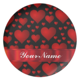 Red love heart pattern party plates