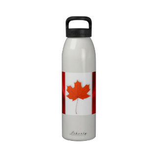 Red maple leaf reusable water bottle
