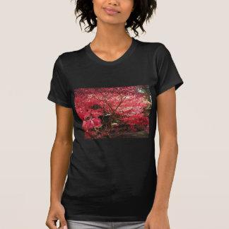 red maple tshirt