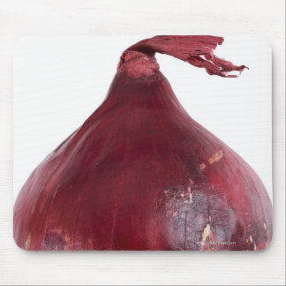 Red onion  isolated on white background, DFF Mouse Pad