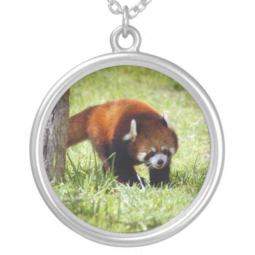 red-panda-049 round pendant necklace