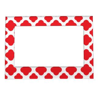 Red Quatrefoil Pattern Magnetic Photo Frames