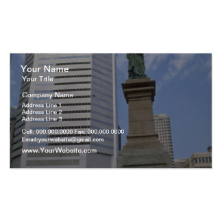 Red Queen Victoria statue Montreal Quebec flower Business Card