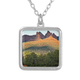 red rocks necklaces