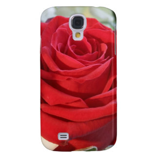 Red rose on background galaxy s4 cases covers zazzle red rose with garden background galaxy s4 cover voltagebd Gallery