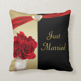 Red Roses & Hearts, Gold & Black Wedding Throw Pillow