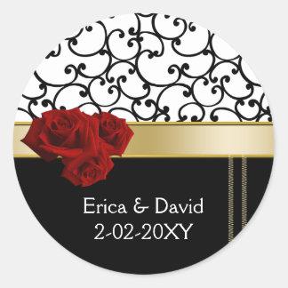 red roses Monogram label Classic Round Sticker