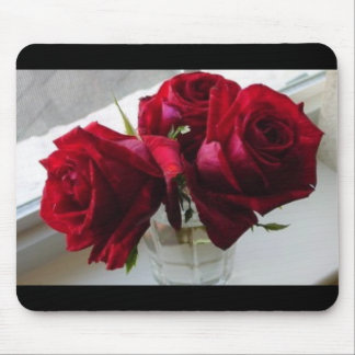red roses mouse pad