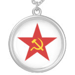 Red Star Round Pendant Necklace