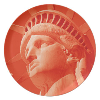 Red Statue of Liberty Party Plates