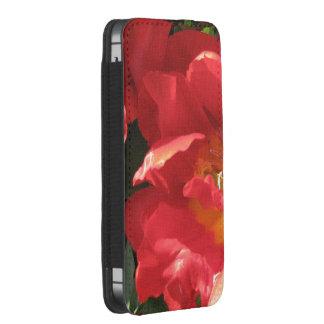 Red Sun Petals iPhone SE/5/5s/5c Pouch