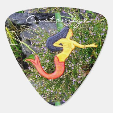 Beach Themed red-tailed sirena mermaid guitar pick