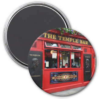 Red Temple Bar pub in Dublin round magnet