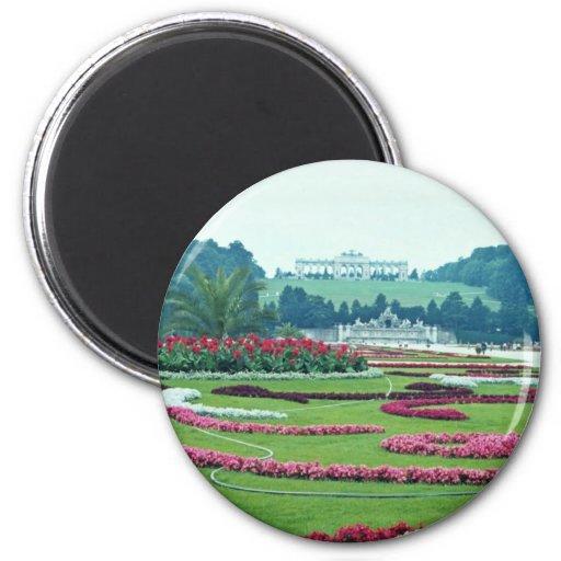 Red The Shonbrunn Castle, Vienna, Austria flowers 2 Inch Round Magnet