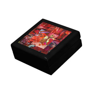 Red Tile Gift Box
