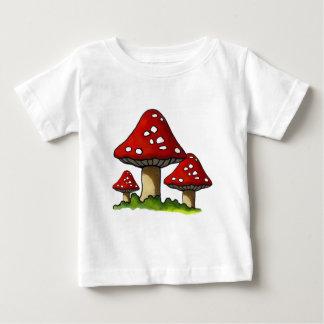 Red Toadtstools, Mushroom: Freehand Art Tee Shirt