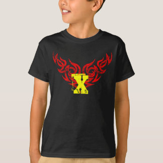 Red Tribal distressed wing motif 2 T-Shirt