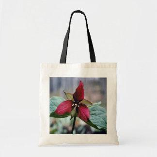 Red Trillium (Trillium Erectum) flowers Budget Tote Bag