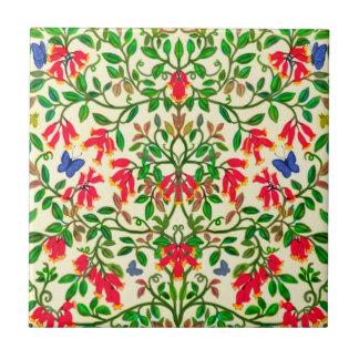 Red Trumpet Floral Vines Tile