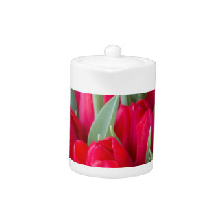 red tulips teapot