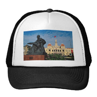 Red Uncle Ho statue, Ho Chi Minh flowers Trucker Hat