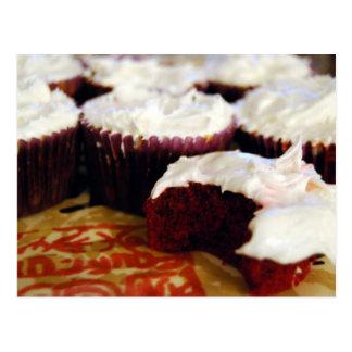 red velvet cupcakes post card