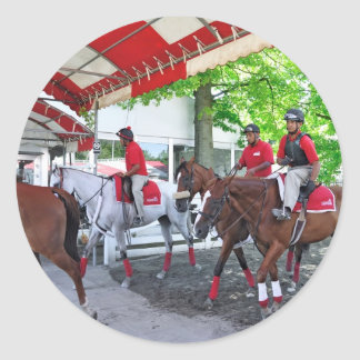 RED- WHITE & BAY CLASSIC ROUND STICKER