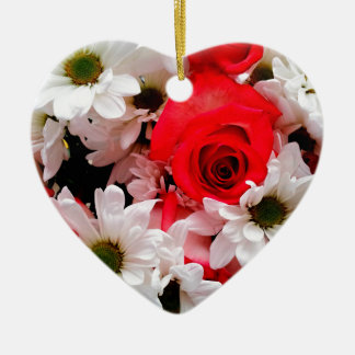 Red-White-Roses-Daisies-Bouquet-Hrt Ornament