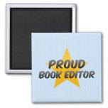 Redactor orgulloso del libro iman de nevera