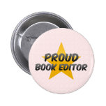 Redactor orgulloso del libro pin