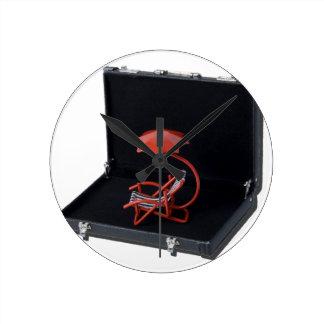 RedBeachChairInBriefcase040515.png Reloj Redondo Mediano