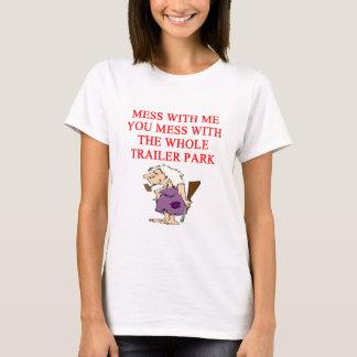redneck hillbilly joke T-Shirt